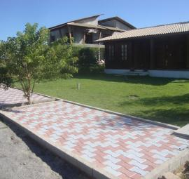 Sidewalk at a residencial condominium