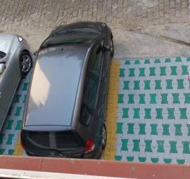 aparcamiento para oficina de abogados