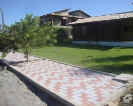 SIDEWALK AT A RESIDENCIAL CONDOMINIUM